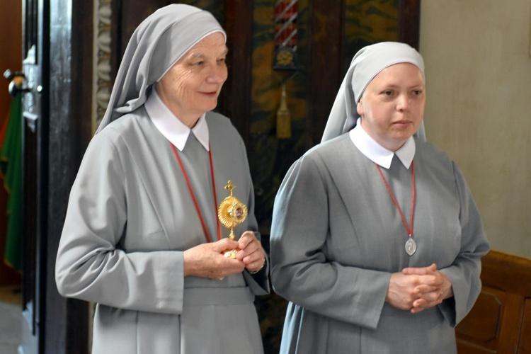 Wprowadzenie relikwii bł. Marii Teresy Ledóchowskiej