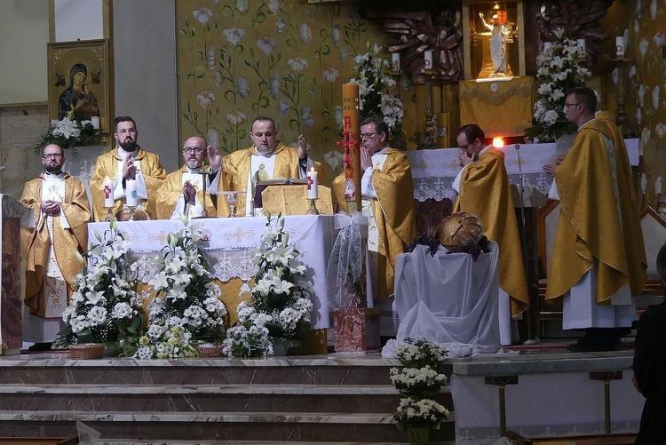 Msza św. na Złotych Łanach w ramach pielgrzymki oazy rodzin do św. Józefa.